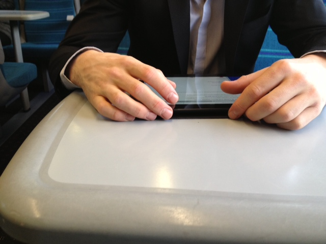 London commuter physically and digitally present