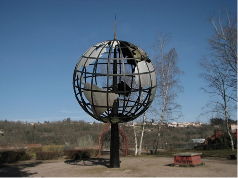 Globe at old factory ruins, Le Creusotby arsalank2 on Flickr